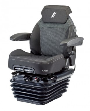 SUPERIOR COMFORT WITH THE KAB SCIOX SEAT FROM TEK AT THE BRITISH NATIONAL PLOUGHING CHAMPIONSHIPS